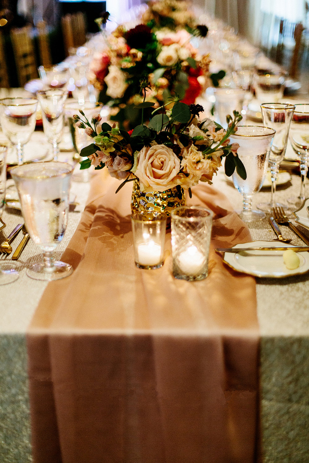 TPC Sawgrass Wedding Reception Ponte Vedra Beach Blue Ribbon Wedding Planner Shea Hopely Flowers Debra Eby Photography