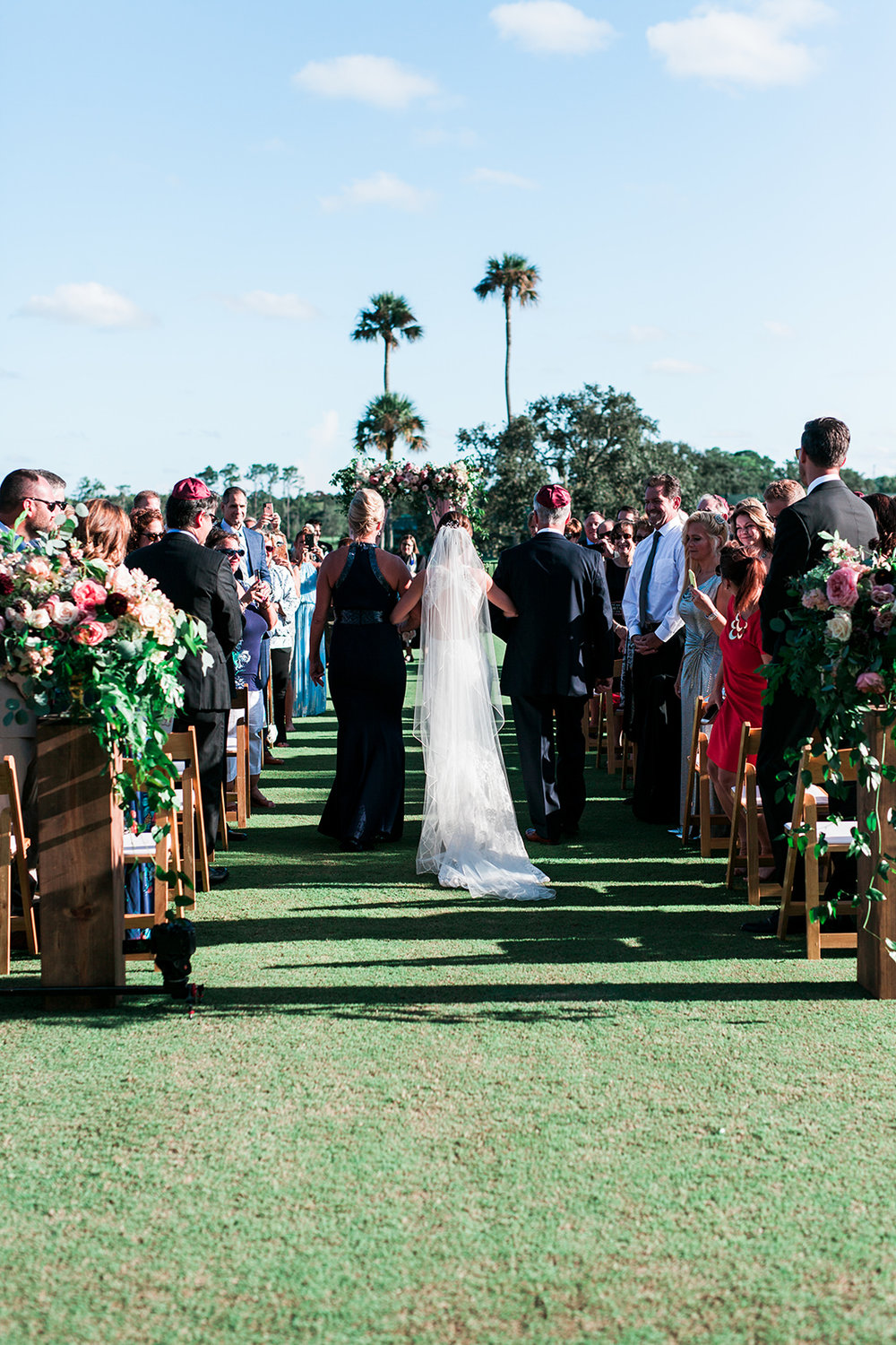 TPC Sawgrass Jewish Wedding Ponte Vedra Beach Blue Ribbon Wedding Planner Shea Hopely Flowers Debra Eby Photography