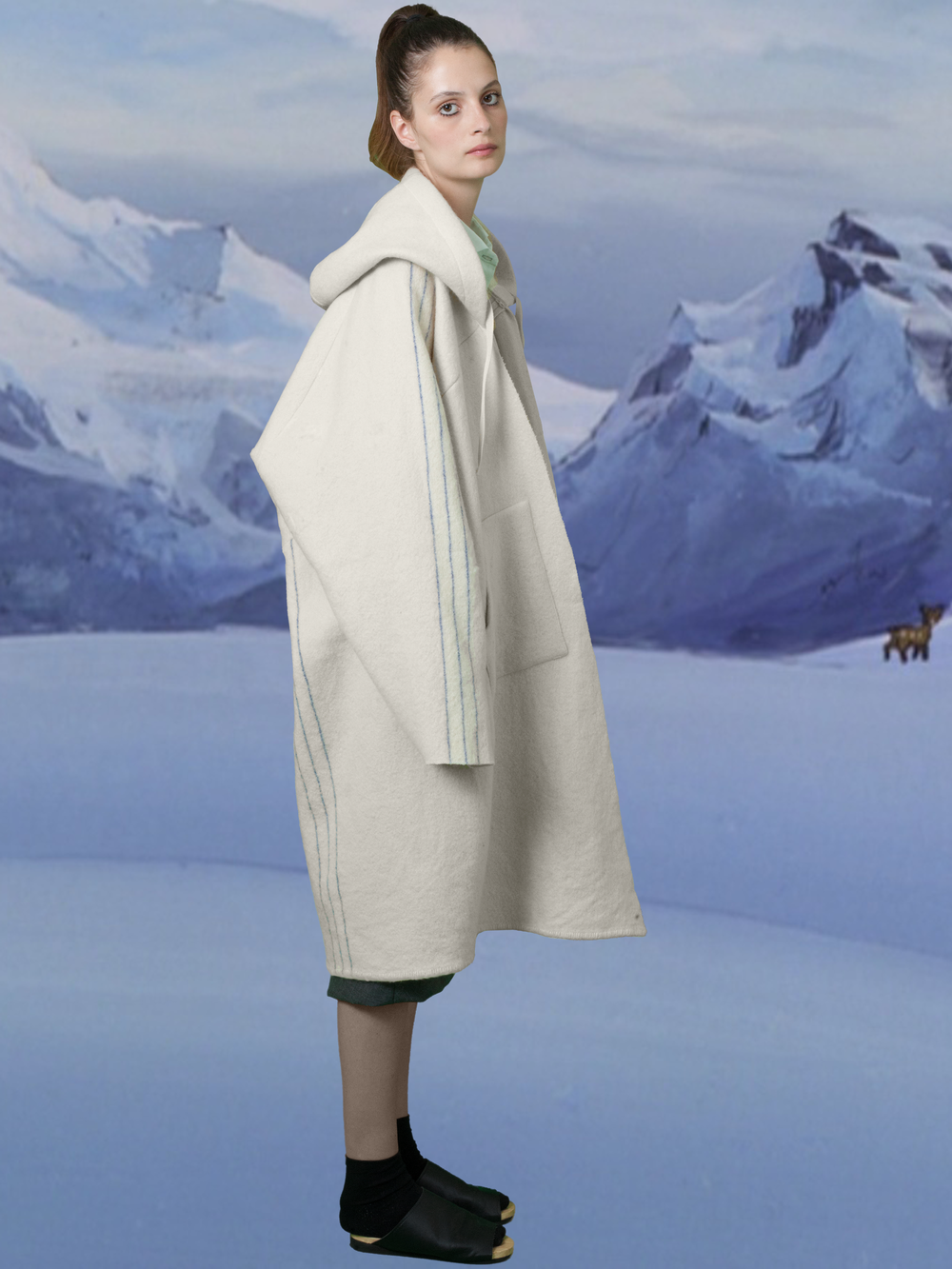 HOOD COAT_FW 15_SIDE.png