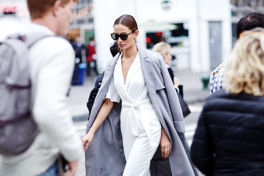 Australian_Fashion_ft_Keepsake_Finders_Keepers_The_Fifth_Label_WRTW_1163671309_916.jpg