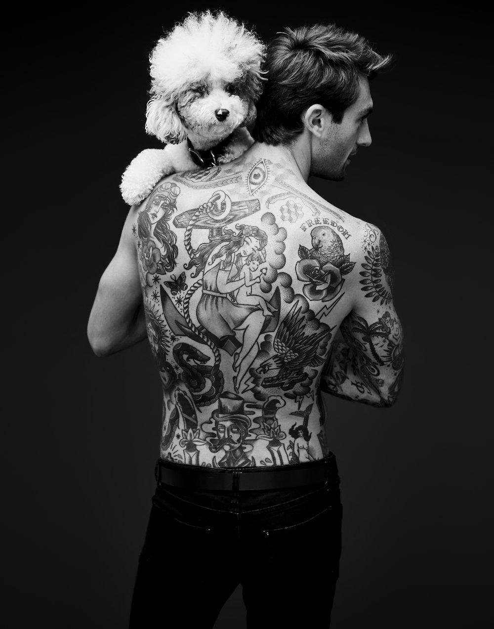 shirtless_431.jpg