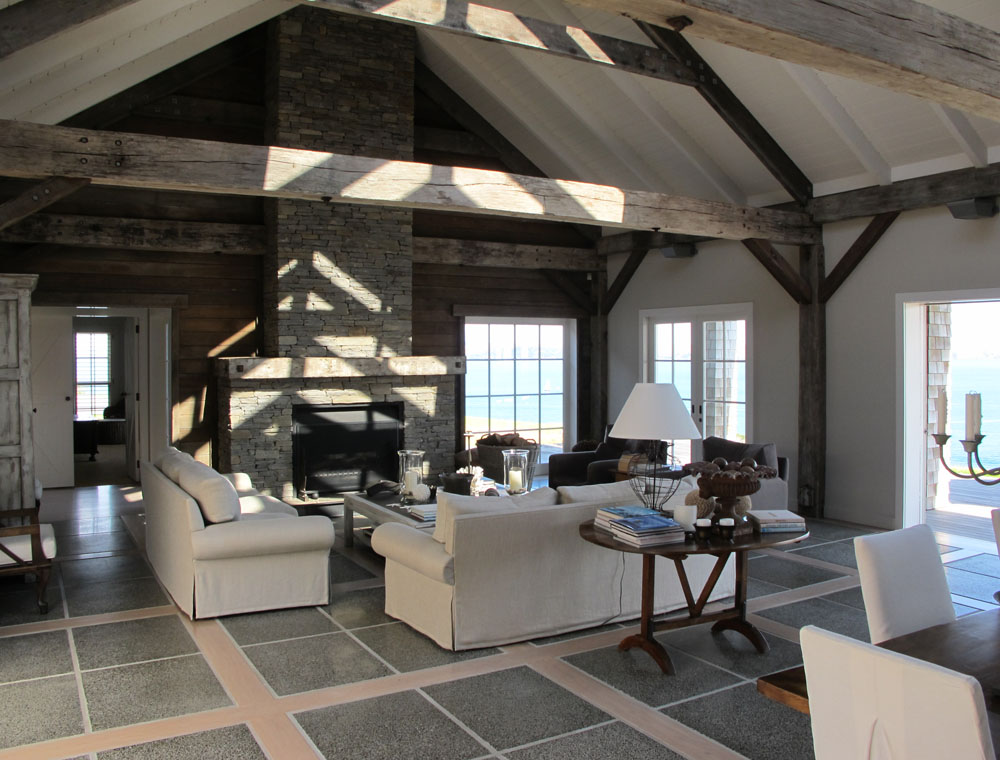 Barn house love interiors the fat hydrangea for Barn home interiors