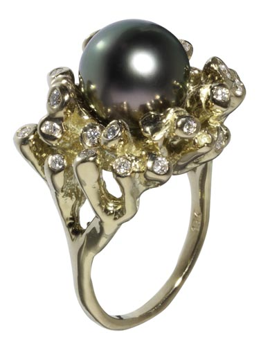 Tahitian Sea Anemone Ring 18K.jpg