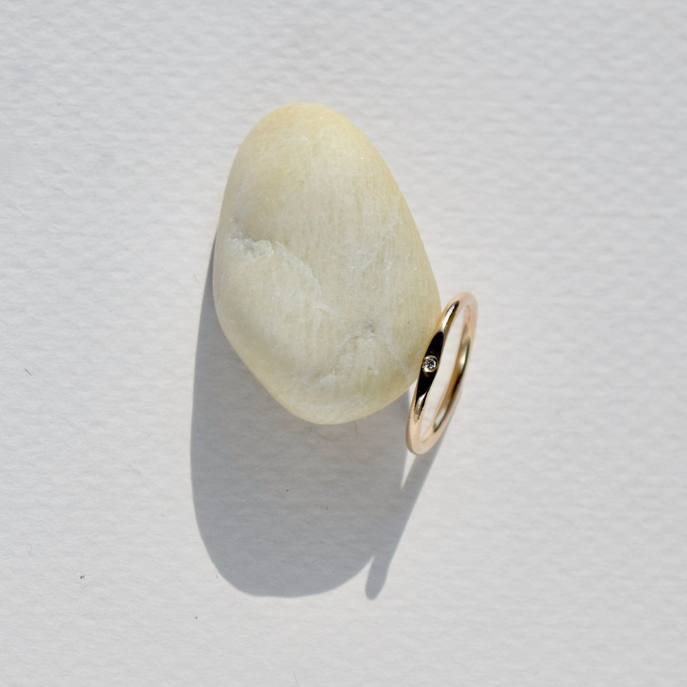 And for your MOH, a sweet diamond signet ring.
