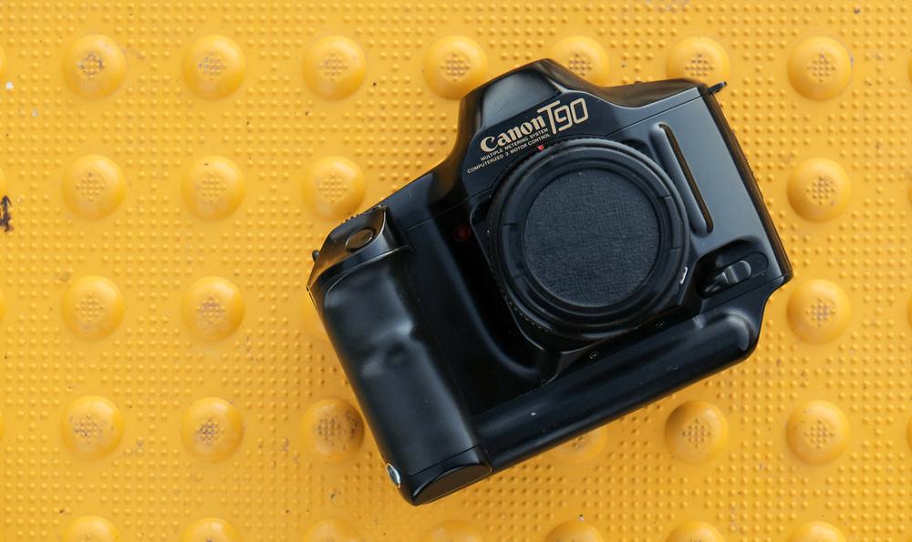 Canon T90