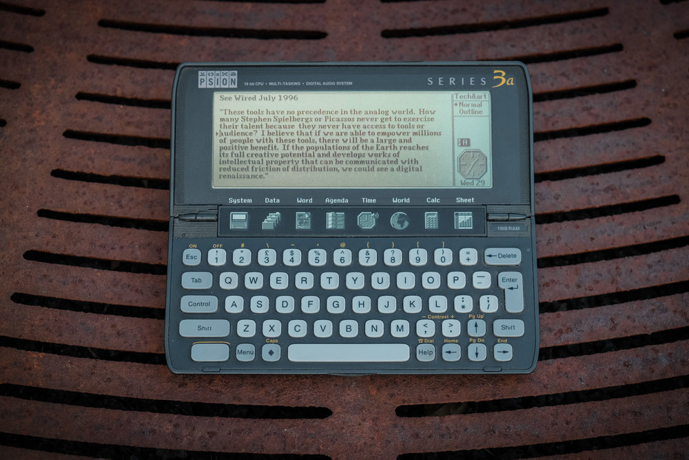 psion3-on-metal with screen on.jpg
