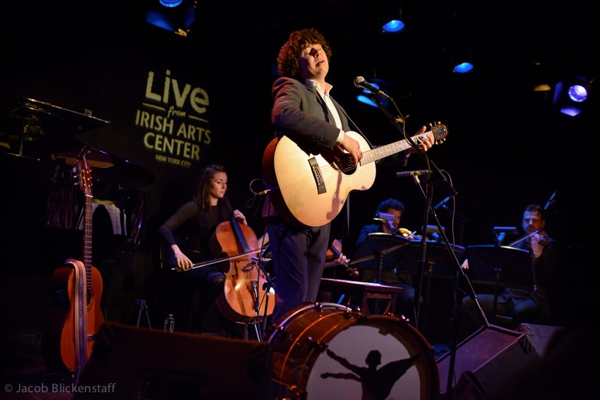 New York Times: Declan O'Rourke at the Irish Arts Center, review by Jon Pareles   http://  nyti.ms/15KzP50