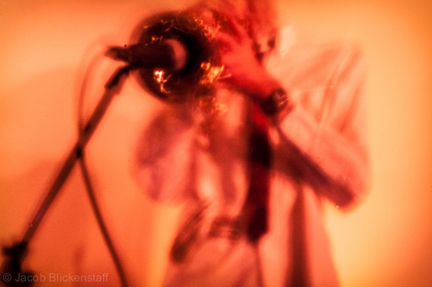 Droid. Pinhole concert photography. ISO 6400 @ 20s.