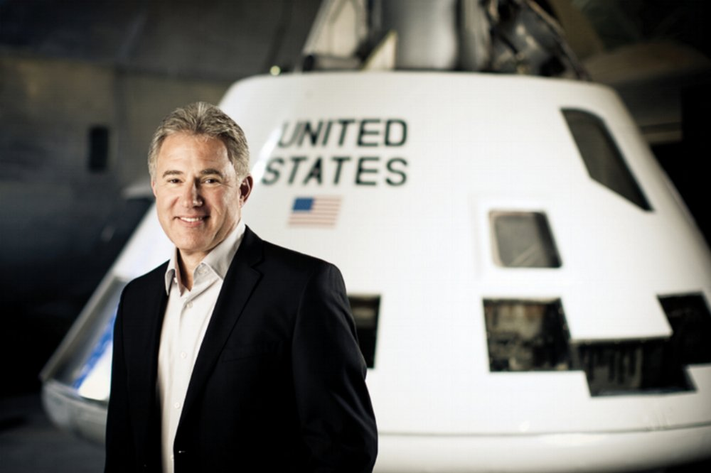 Dr James Logan--Chief, Spaceflight Medical Officer