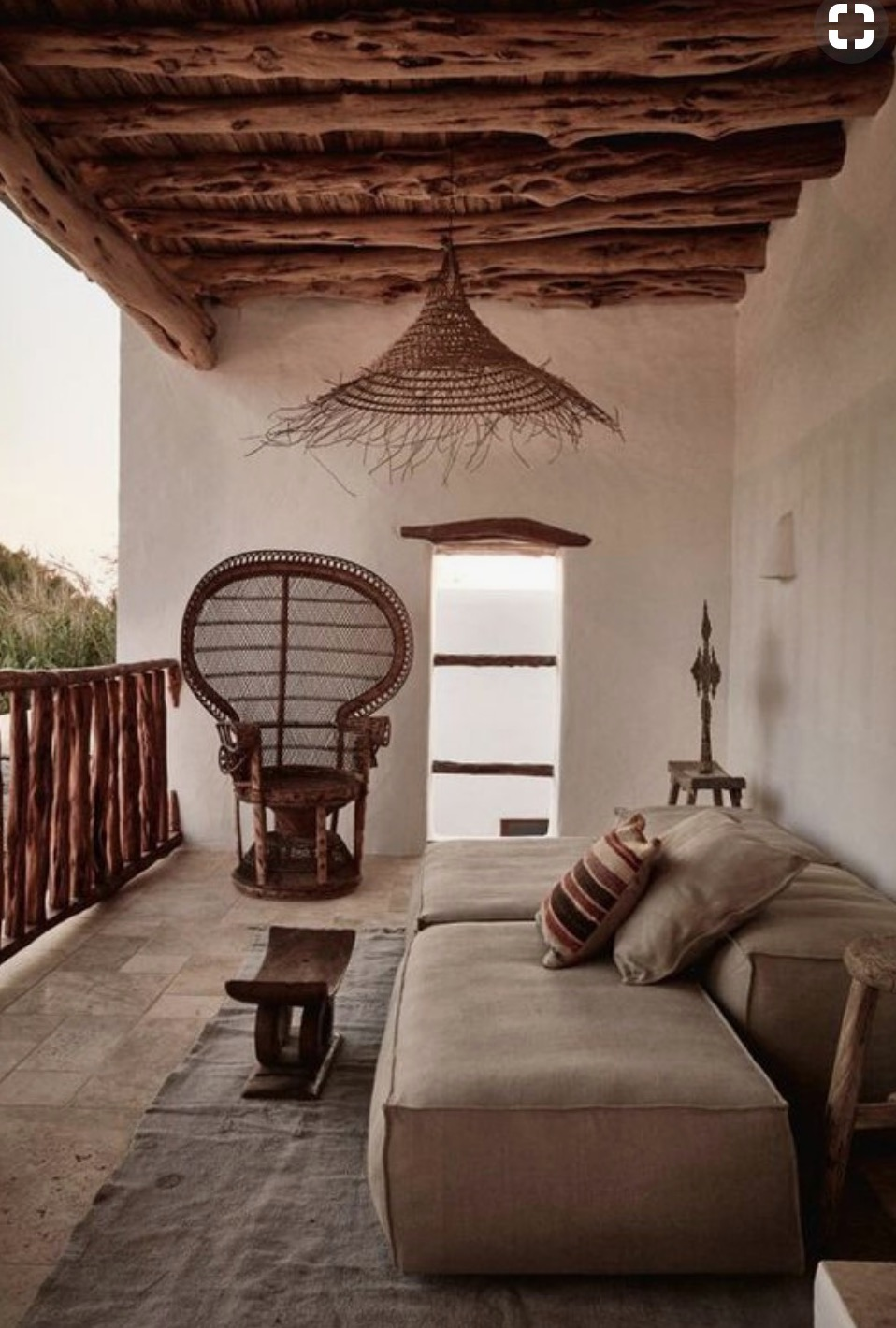 INTERIOR DESIGN - SAYULITA RETREAT