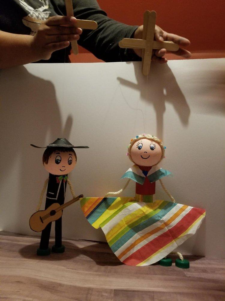 cinco+de+mayo+puppets.jpeg
