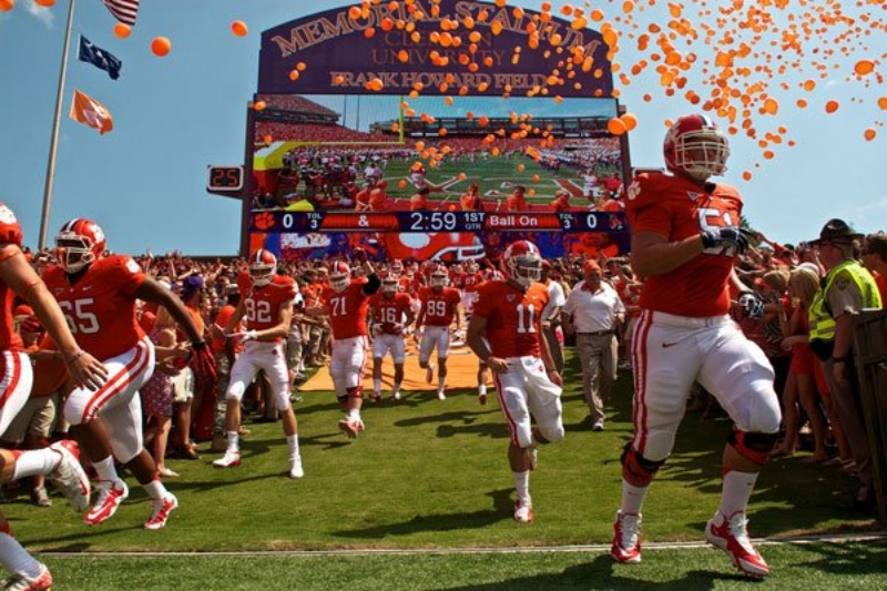 Clemson Tigers - Hill (photo by Rylan8t)