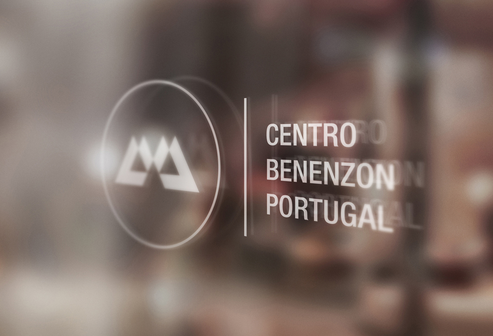 Centro-Benenzon-Portugal-bonjourmolotov-Branding-Logo-Logotype-Graphic-Design-Grafico-Business-Cards-Spot-UV-Coating-Orange-Musicoterapia-CBP-03.jpg