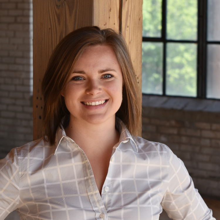 Claire Manz - Product Strategist