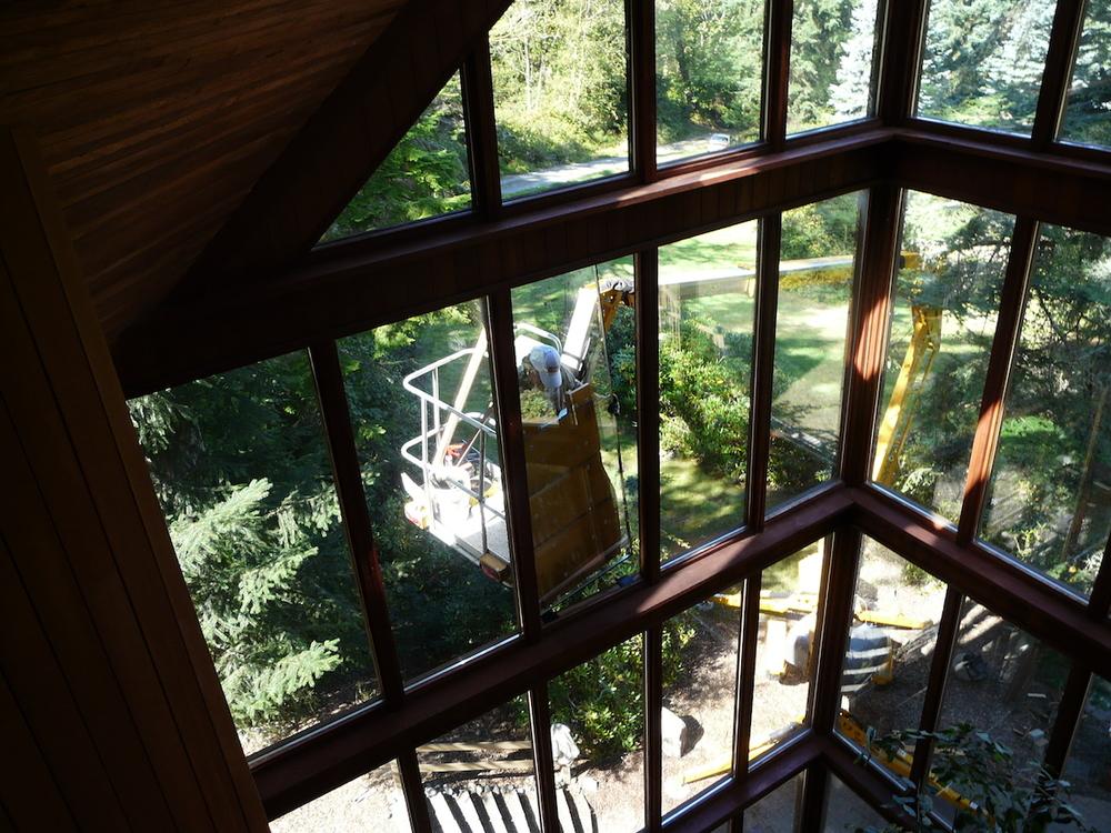 glass replacement crane.jpeg