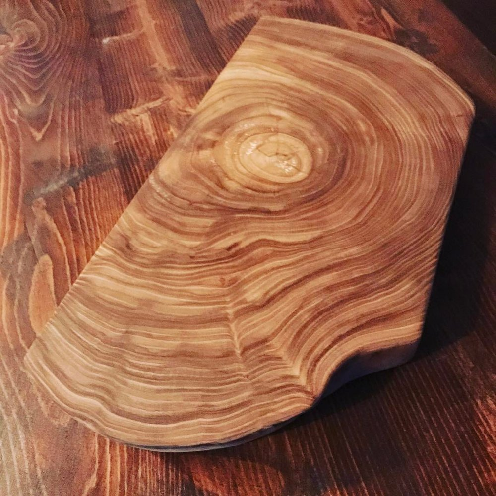 Elm end grain cutting board