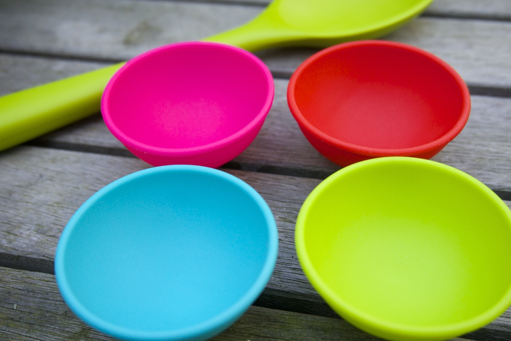 Silicone Mini Bowl Set - Vibrant Home     I bought and chose to  review