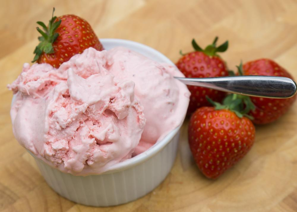 Easy strawberry ice cream - Tickle Fingers (copyright annabel woolmer)