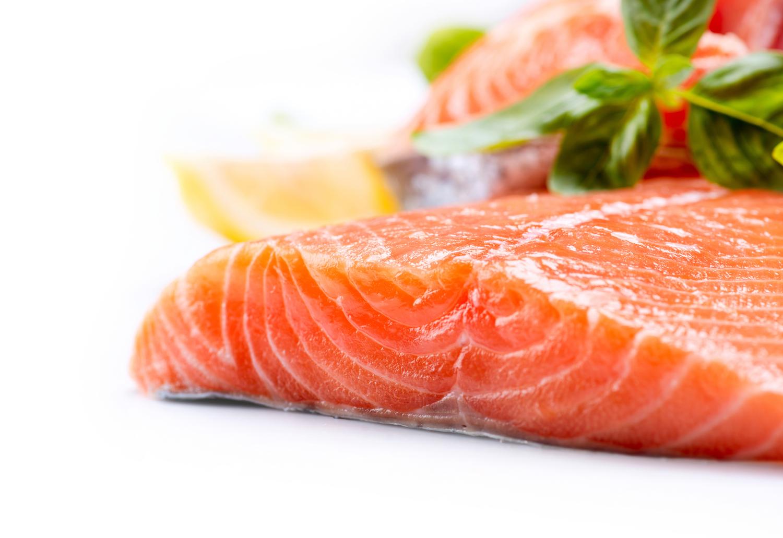 【泳ぐ栄養カプセル『鮭』】最強の抗酸化物質を多く含むものの見分け方!