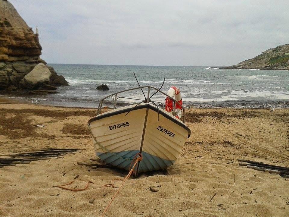 Foto tirada pela minha amiga Rita, que passou pela praia da nossa infância, especialmente para o Peixe é Fish.