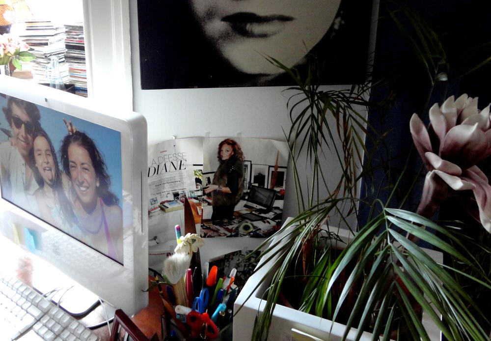 uma referência a uma mulher que admira, Diane von Fürstenberg.