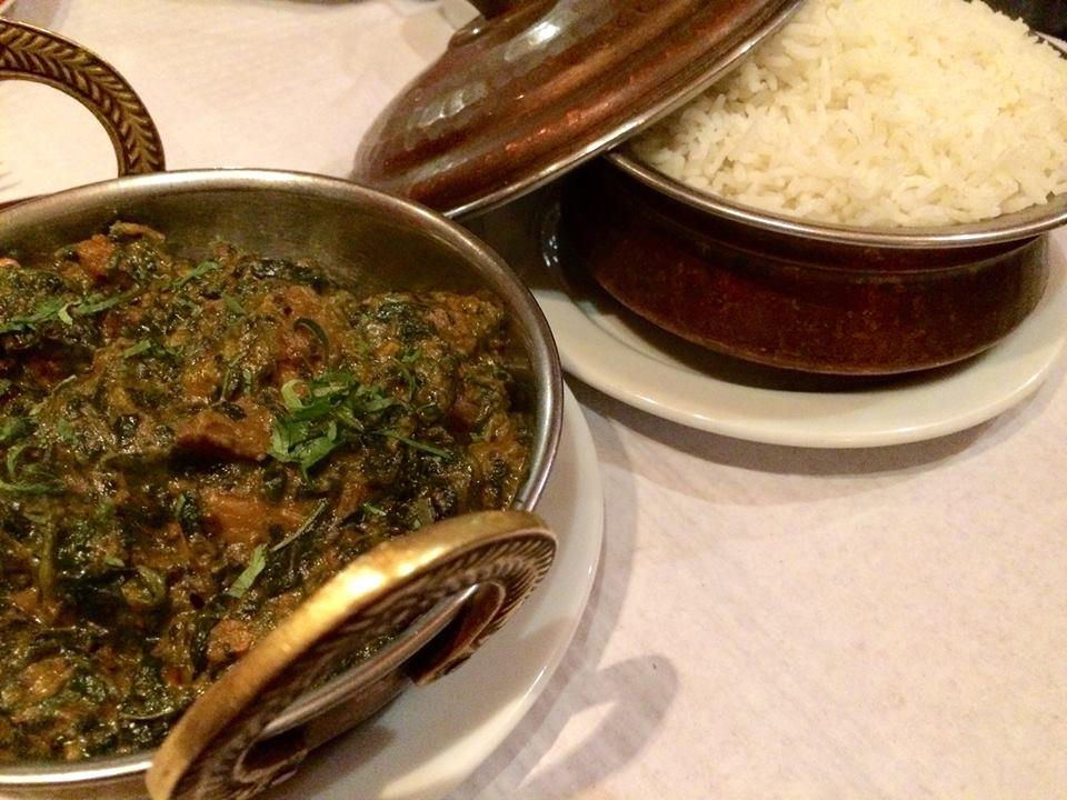 Jantares no nepalês.
