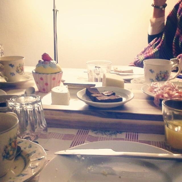 Tea time com amigas.