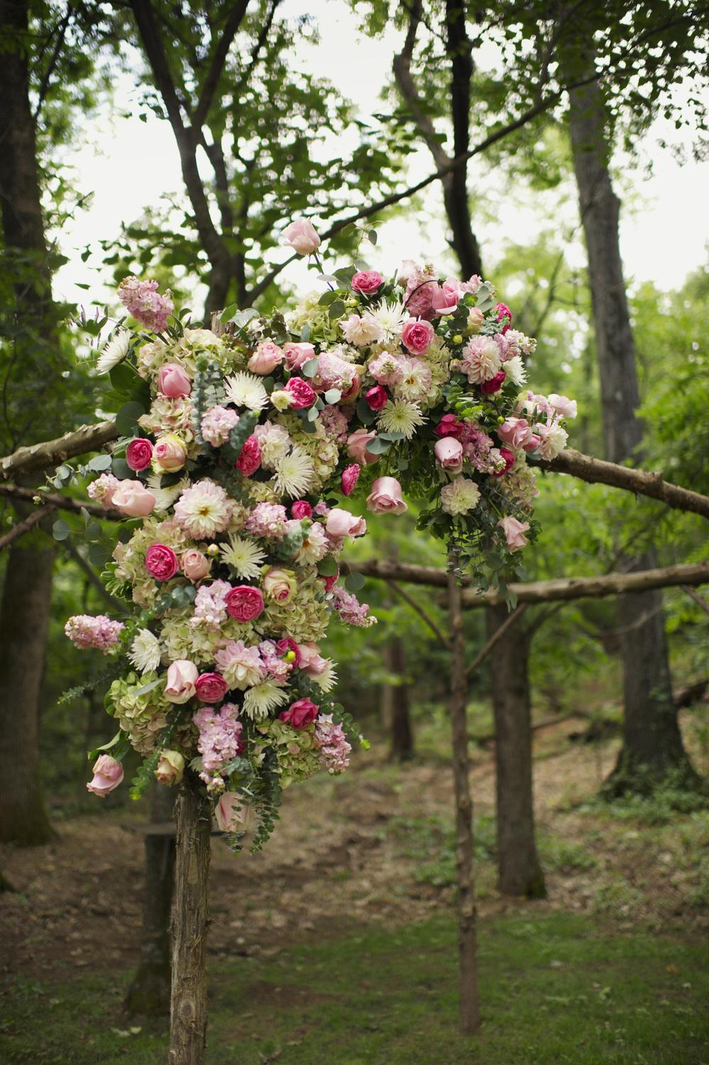 jessica-zimmerman-events-floral-event-design-coordination-planning-wedding-invitations-neutral-blush-silk-ribbon-organic-bouquet-conway-arkansas-bailey-hepp-pink-outdoor-wedding-ceremony-floral-huppah
