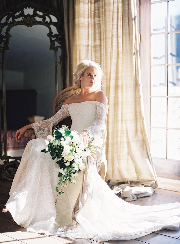 Image: Heather Payne | styling: abany bauer | floral: Jessica Zimmerman