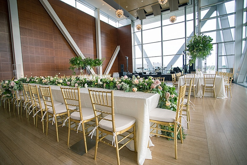 jessica-zimmerman-events-floral-event-design-conway-central-arkansas-mentoring-florist-flowers-weddings-planner-coordinator-jzfloral-wedding-organic-bouquet-clare-selig-whitney-bower