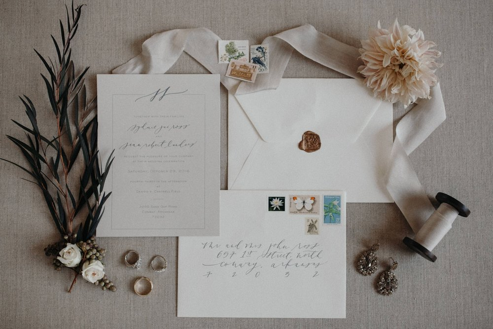 jessica-zimmerman-event-floral-event-design-wedding-coordinator-coordination-planning-planner-conway-little rock-arkansas-southern-sydnie-sean-landers-hangar-airport-jordan-voth-invitations
