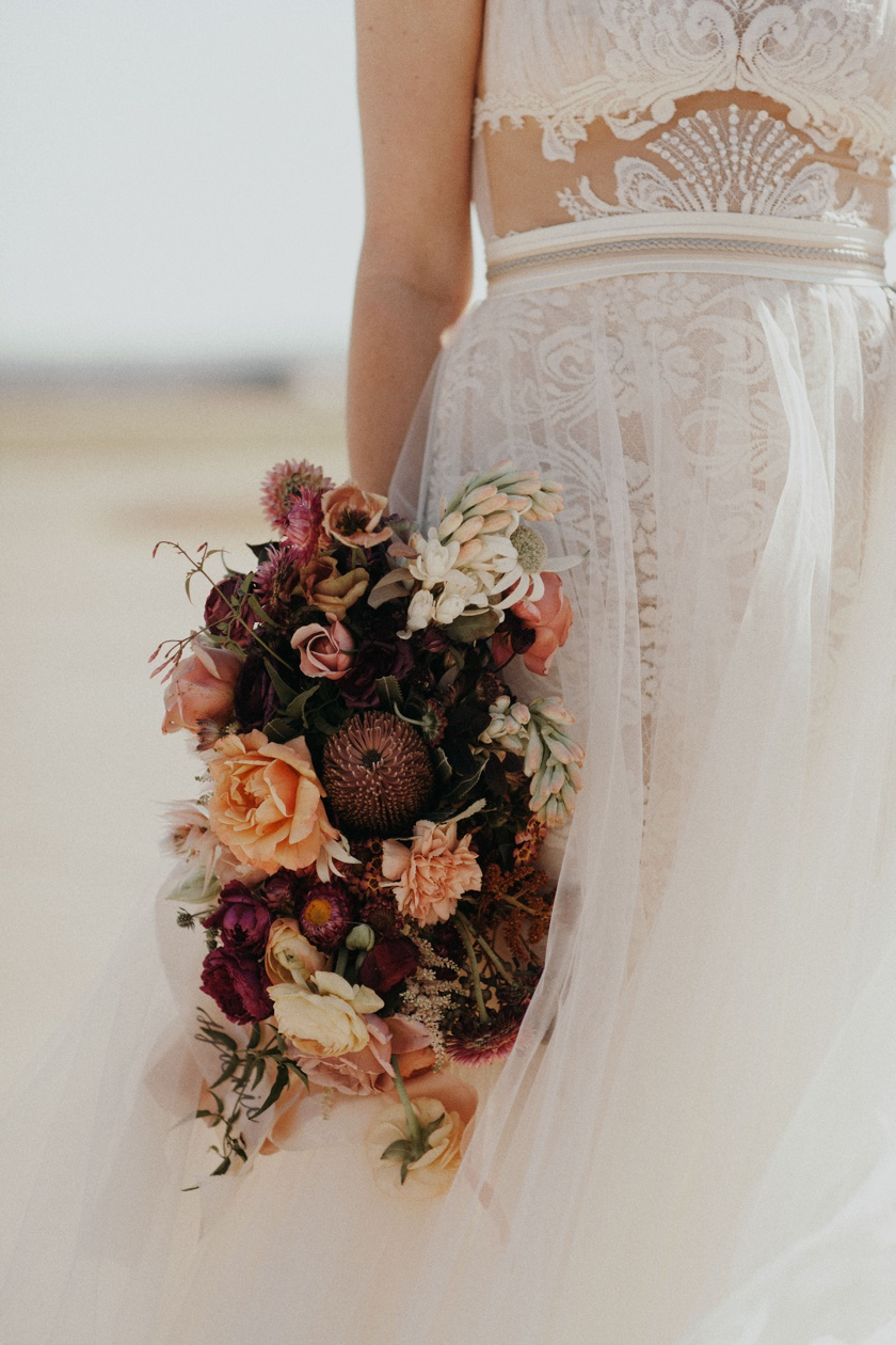 jessica-zimmerman-event-floral-event-design-wedding-coordinator-coordination-planning-planner-conway-little rock-arkansas-southern-sydnie-sean-landers-hangar-airport-jordan-voth-bridal-bouquet