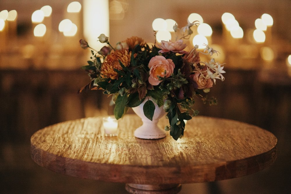 jessica-zimmerman-event-floral-event-design-wedding-coordinator-coordination-planning-planner-conway-little rock-arkansas-southern-sydnie-sean-landers-hangar-airport-jordan-voth-cocktail-flowers