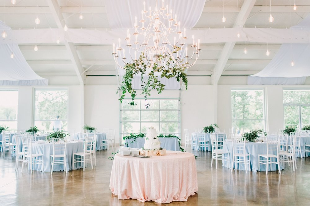 jessica-zimmerman-events-floral-design-coordination-planning-planner-little-rock-conway-arkansas-southern-florist-wedding-home-work-family-balance-business-mentor-greenery-fall-light-blue