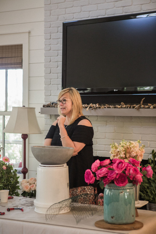 Jessica_Zimmerman_floral_designer_business_speaker_Nourish_retreat_creatives.jpg