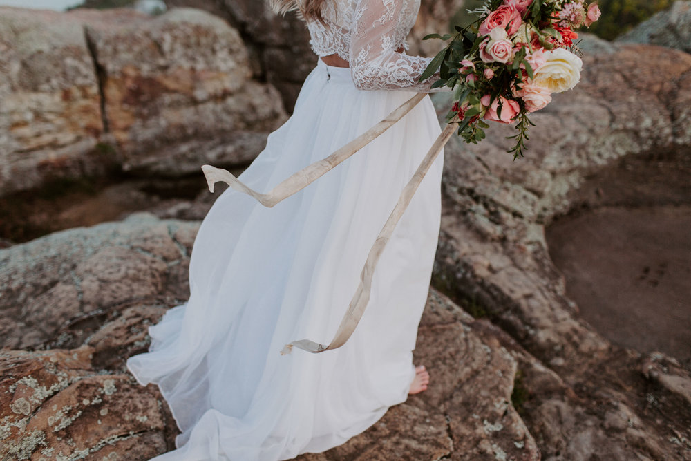 jessica-zimmerman-arkansas-florist-organic-bouquet-skirt.jpg