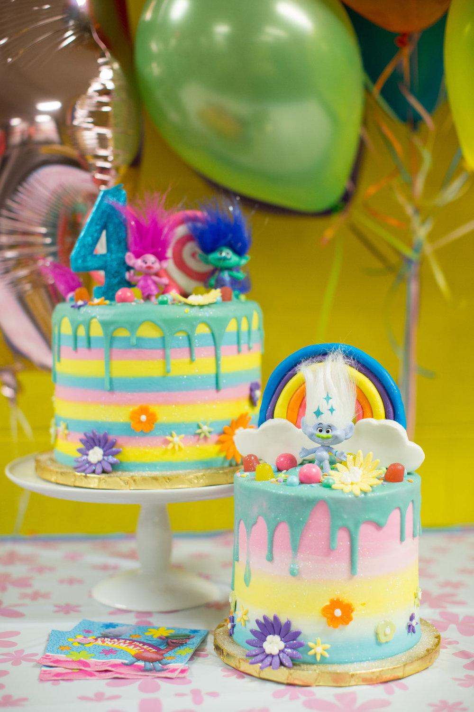 jessica-zimmerman-child-birthday-trolls-cake.jpg