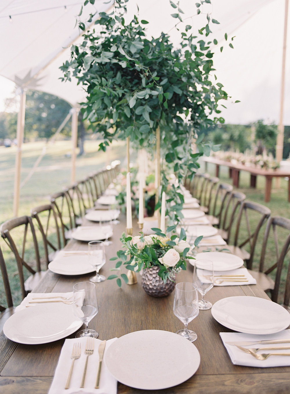 jessica-zimmerman-events-heather-payne-dan-and-shay-wedding-reception-tables.jpg
