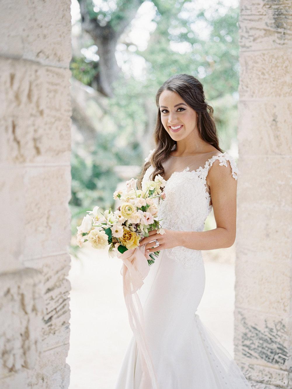 jessica-zimmerman-bridal-bouquet-miami.jpg