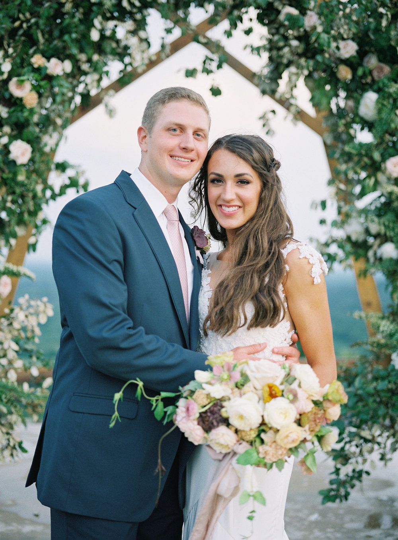 jessica-zimmerman-events-arkansas-mountain-wedding-martha-feature.jpg