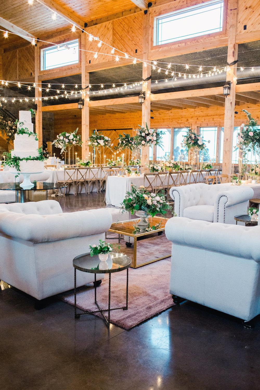 jessica-zimmerman-events-arkansas-wedding-reception-lounge-furniture.jpg