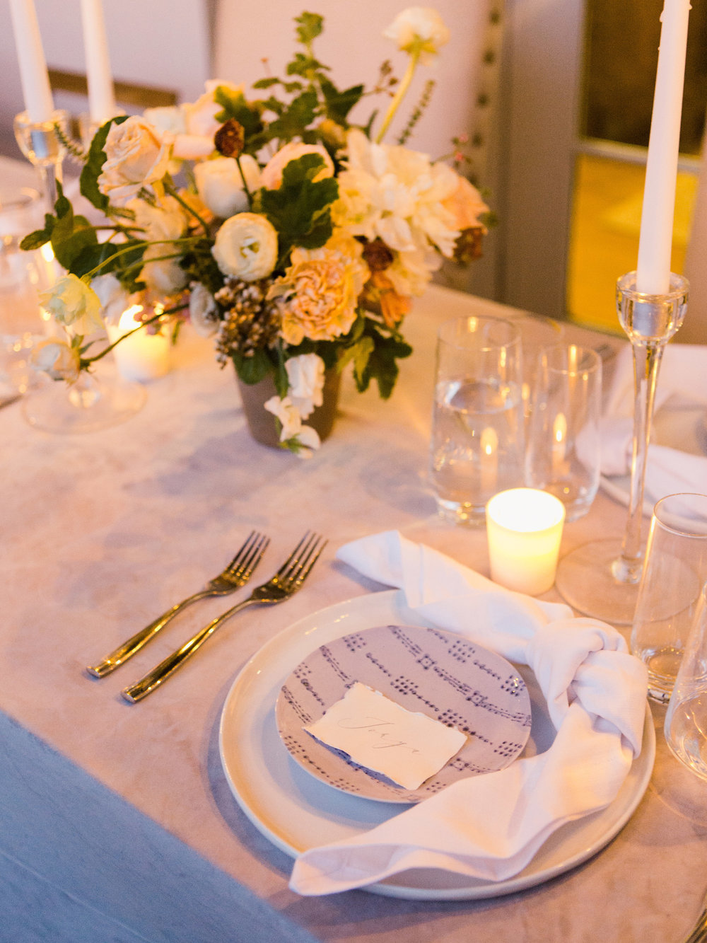 jessica-zimmerman-events-wedding-intimate-reception-place-setting.jpg