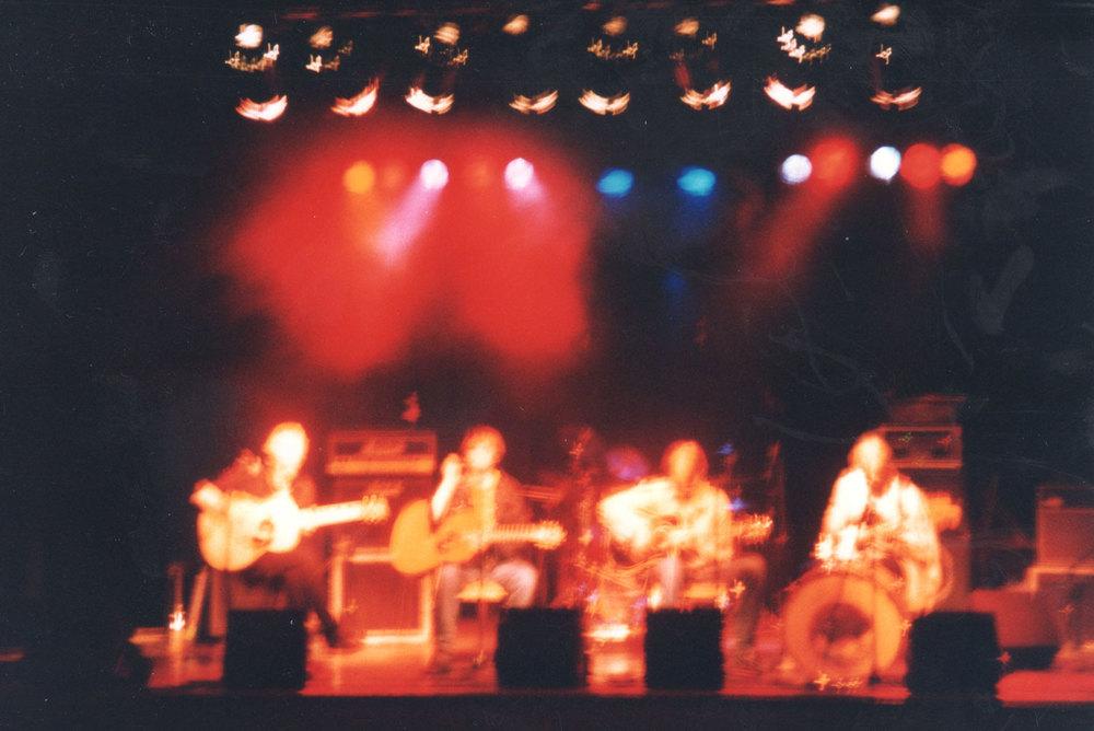Live in Volda 1994.  From left: Bård Kvalsund, Stig Sandbakk, Geir Satre and Audun Havåg.