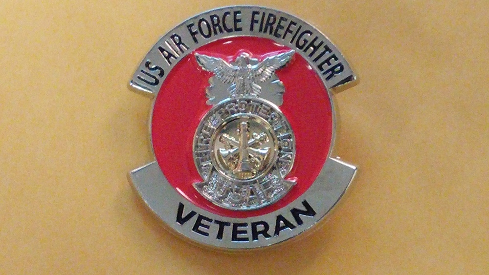 Usaf Firefighter Veteran Lapel Pin Patches Harrisburg Gray
