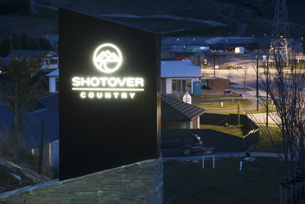 Shotover Country Sign #1.jpg