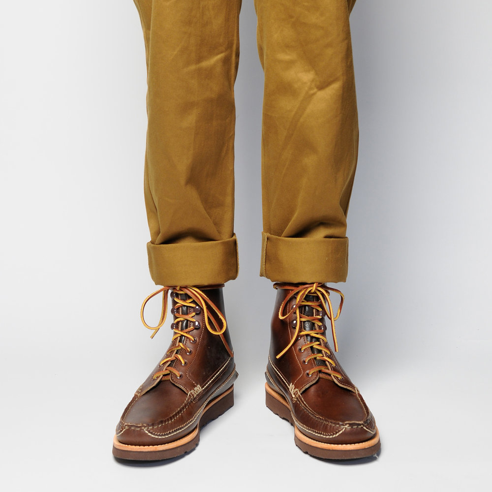MAINE-GUIDE-DB-BOOTS,-G-BROWN,-WEAR-FRONT.jpg