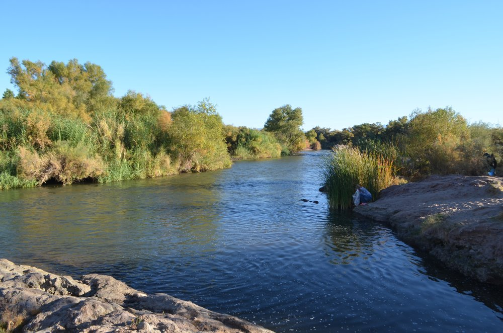 Salt River Cleanup 11-24-17 020.jpg