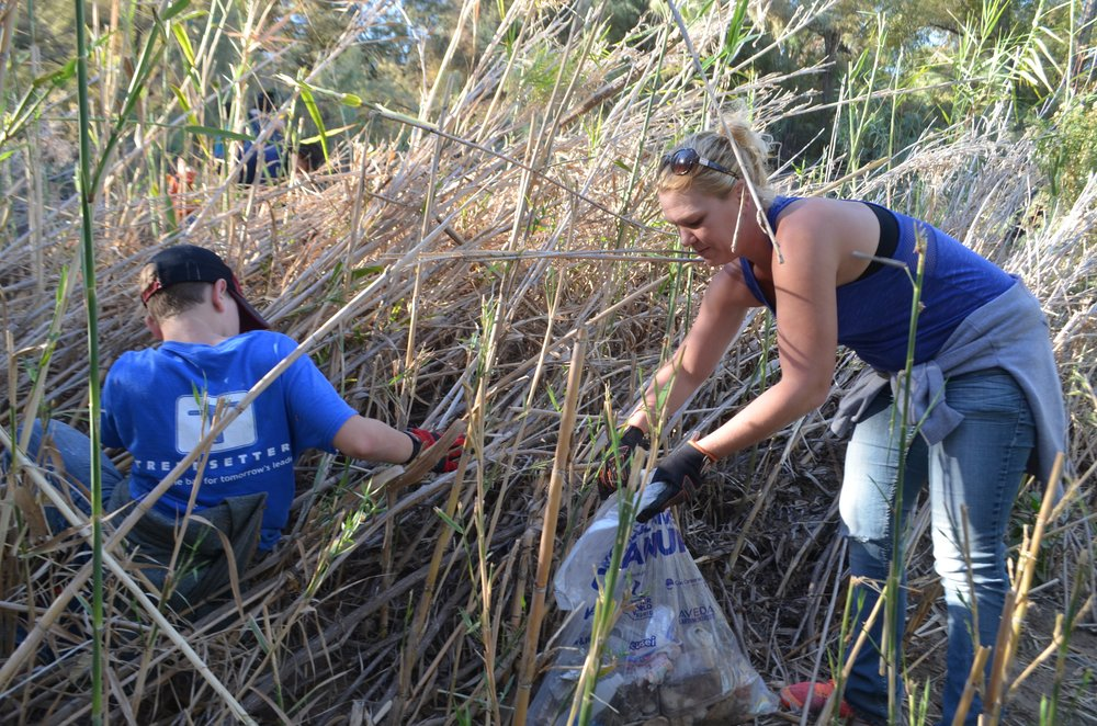 Salt River Cleanup 11-24-17 073.jpg