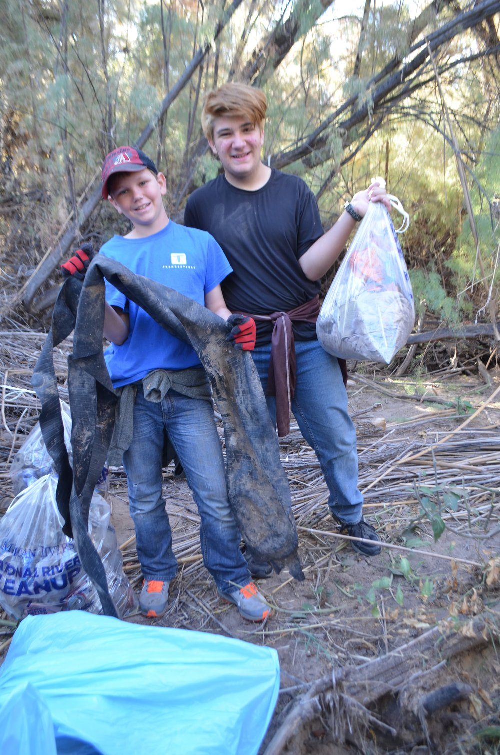 Salt River Cleanup 11-24-17 119.jpg