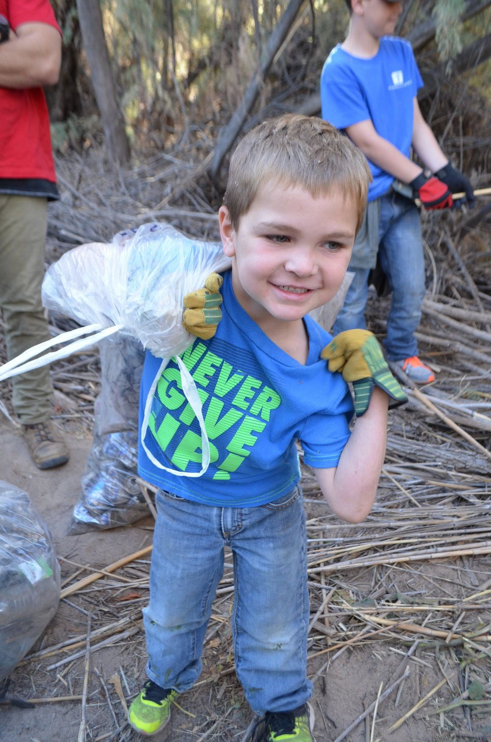 Salt River Cleanup 11-24-17 123.jpg